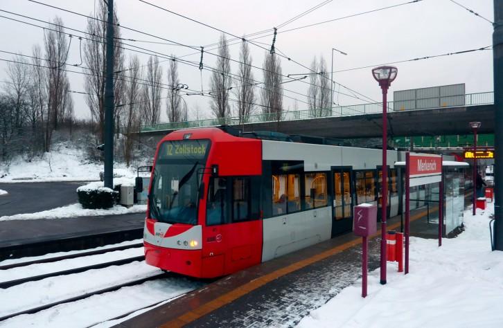 Bus und Bahn fahrscheinfrei
