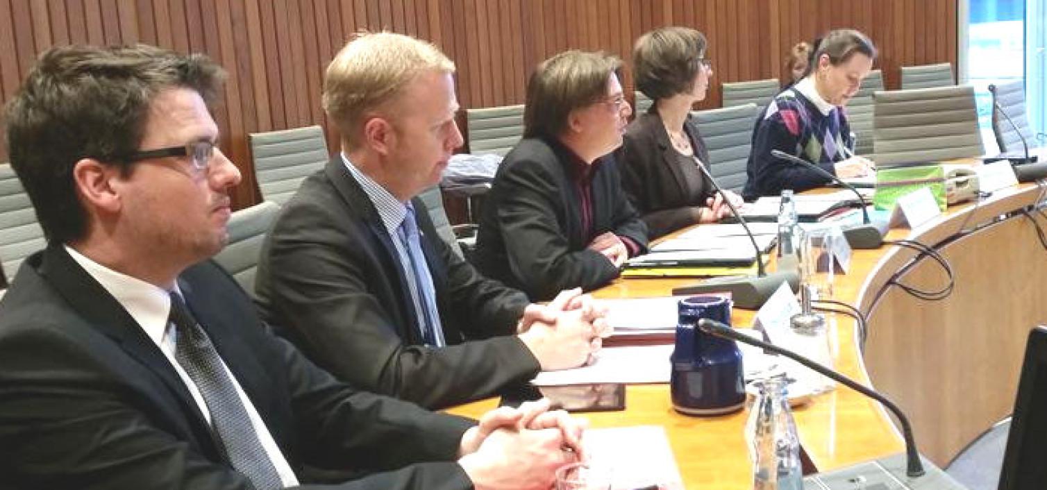 Darum streitet die ÖPNV-Enquetekommission um die Organisationsstruktur für Bus und Bahn in NRW