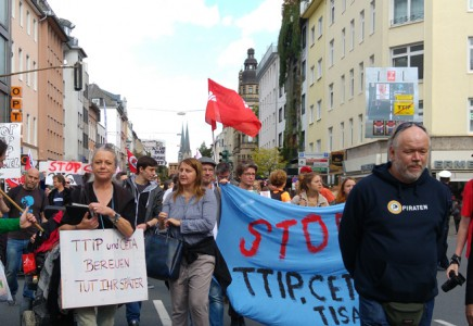 StopTTIP-Demo in Düsseldorf in Tweets