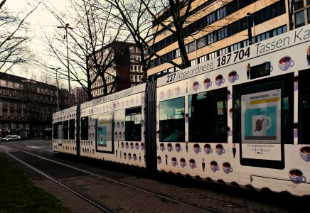 Das Home-Office zerstört die Verkehrswende oder revolutioniert die Finanzierung von Bus und Bahn